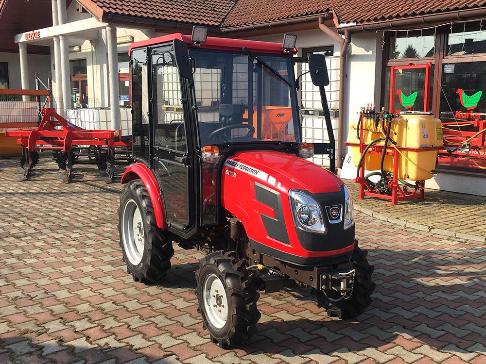Mini traktory